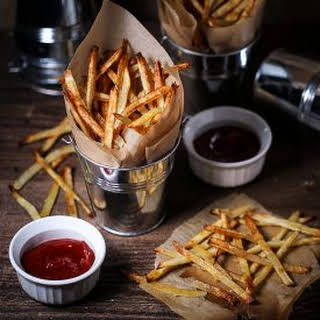 Oven Fries with Sriracha Ketchup.