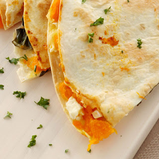 Caramelized Peach and Brie Quesadilla with Honey