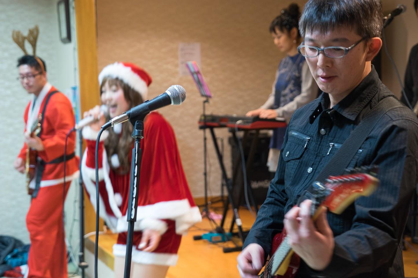 ハートビートの演奏・ギター:橋本学さん