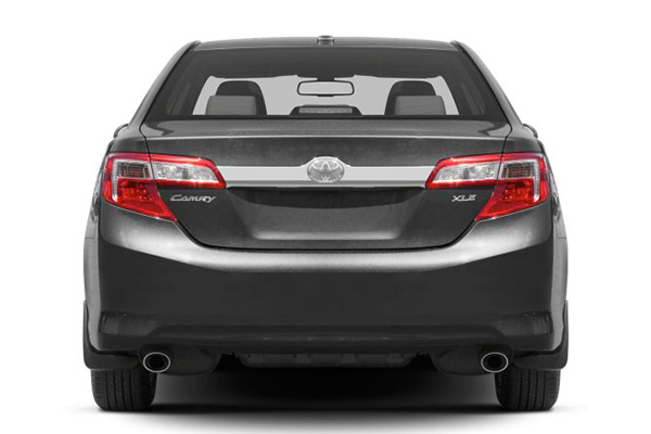 rear-end-of-Toyota-Camry-2013