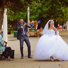 Wedding photographer Ekaterina Sotova (KatC). Photo of 16.09.2013