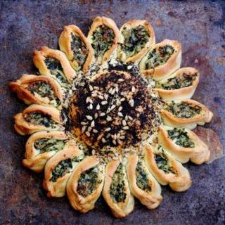How to Make Beautiful Spinach Artichoke Pull a Part Bread Recipe