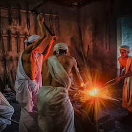 Working by Indrawan Ekomurtomo - People Portraits of Men