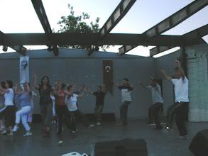 Photo: 29.05.2009 Harmandalı ve Çökertme Zeybeği Gösterileri İzmir Karşıyaka Bostanlı Suat Taşer Açık Hava Tiyatrosu