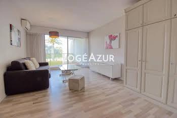Studio 28,29 m2