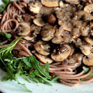 Creamed Mushrooms with Spaghetti and Rocket Recipe