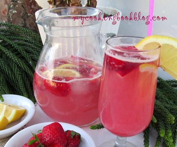 Сироп от ягоди с канела, разреден с вода