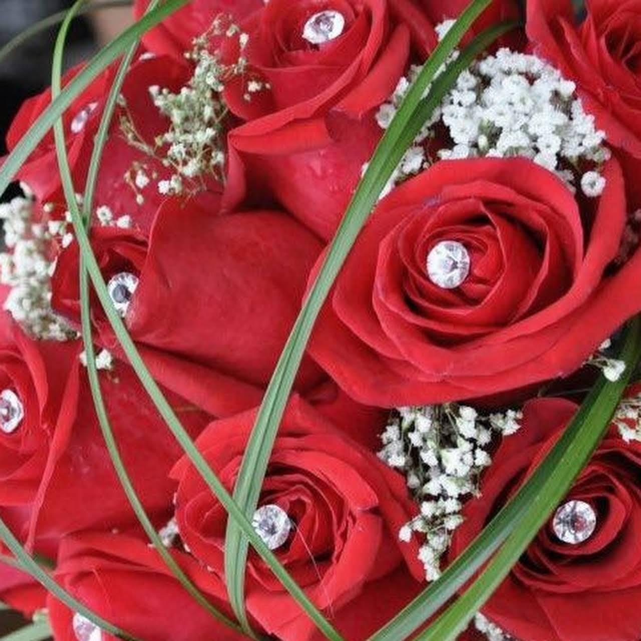 Bouquet De Fleur Pour St Valentin miya fleuriste florist - florist in montreal