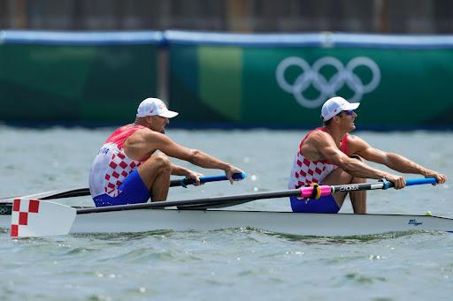 Olympics Latest: Australian wins breaststroke gold