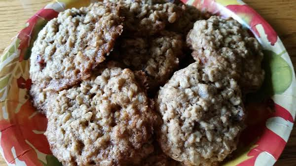 Autumn Oatmeal Cookies Recipe