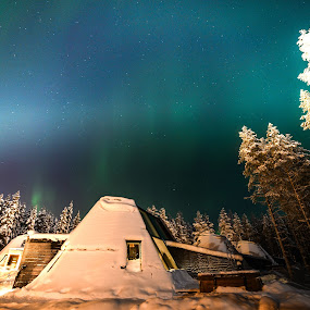 Northern Lights by Levent Yücelman - Buildings & Architecture Other Exteriors ( northern lights, aurora borealis, sky, travel photography, star, nightscape, aurora )