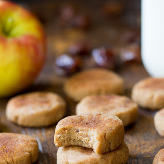 No Bake Apple Cinnamon Cookies {Paleo & Vegan}