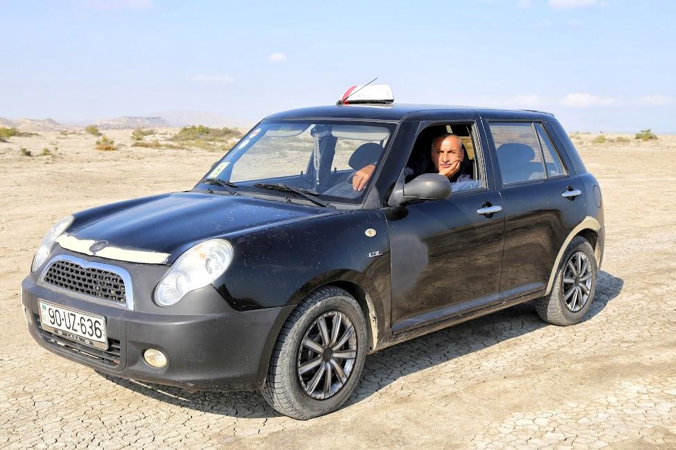 Qobustan, taksówkarz Borys