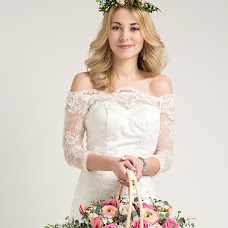 Wedding photographer Anastasiya Omelyanenko (OmelyanenkoA). Photo of 08.03.2015