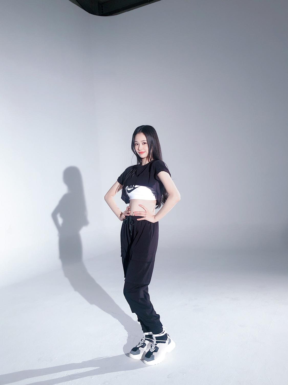 stanplaymgirls_jihan3