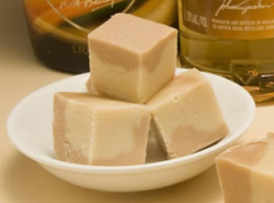 Baileys Irish Cream White Chocolate Fudge