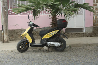 Photo: en moped