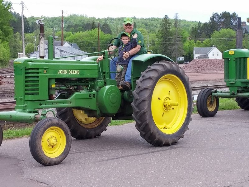 Mellen Library Tractor Show May 2016