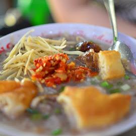 Porridge - Pork by Beh Heng Long - Food & Drink Plated Food ( vietnamese food )