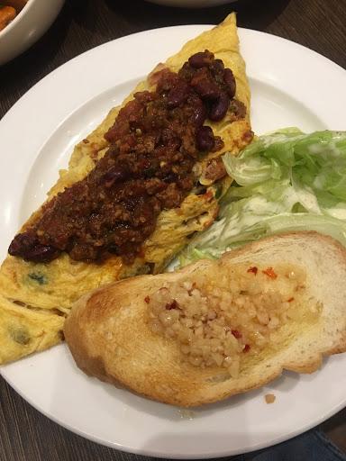 很美式的早午餐廳 服務非常到位又讓人覺得舒服😌