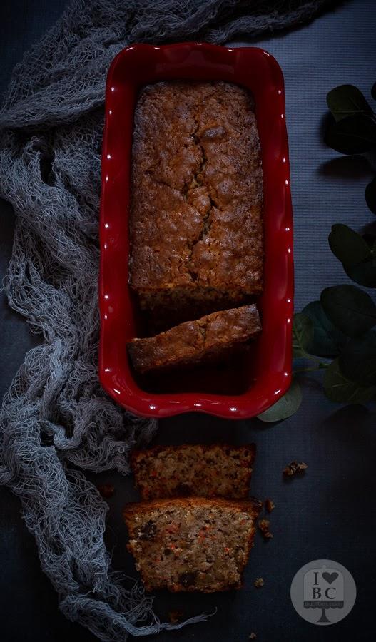 Plum cake de zanahoria y nueces
