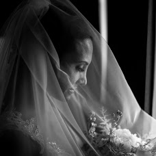 Wedding photographer Arhir Laurentiu (ArhirLaurentiu). Photo of 22.08.2016