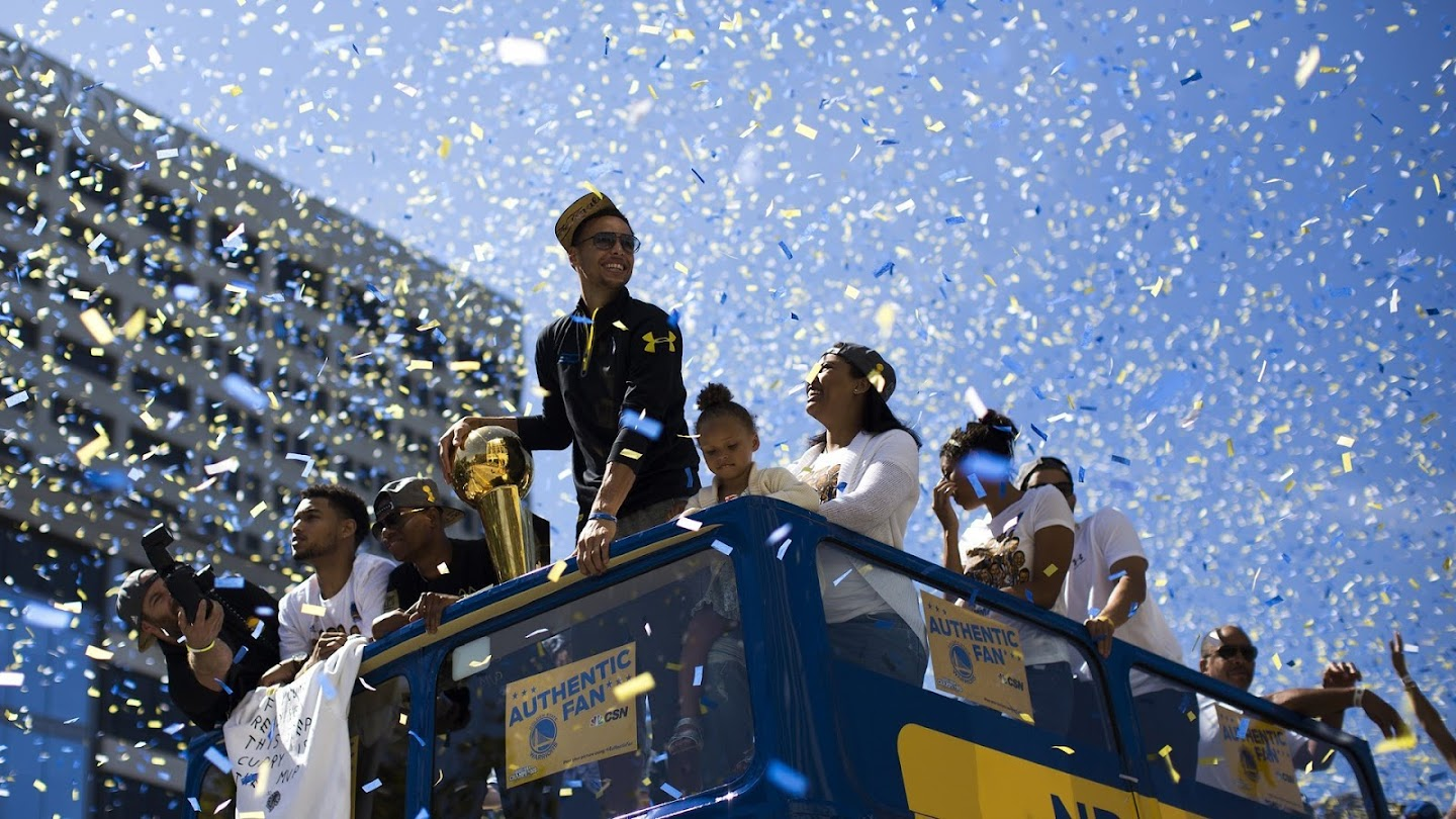 Watch Golden State Warriors Championship Parade live