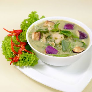 Chicken and Eggplant Green Curry Recipe