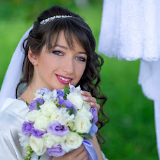 Wedding photographer Olya Grabovenska (id15297080). Photo of 04.09.2016