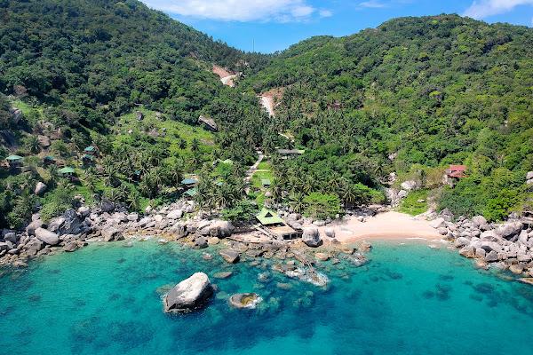 Snorkel stop at Hin Wong Bay