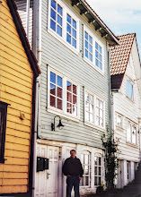 Photo: My maternal grandfather, Osmund Osmundsen, lived in this house at 15 Rosenkildegaten, Stavanger until he emigrated to the US in 1903.