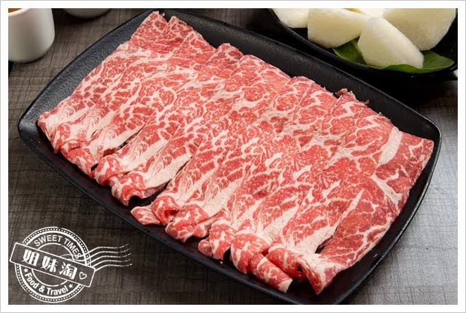 陶林日式涮涮鍋鳳山店長特級無骨牛小排