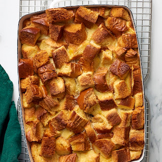 How To Make Sweet Bread Pudding.