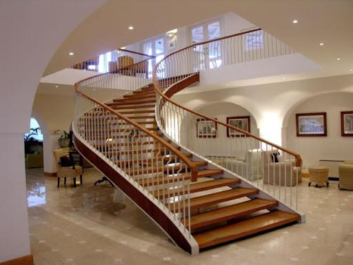 現代の階段のアイデア