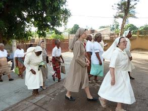 Photo: Llegada a la presentación en la Parroquia: 15-1-2012
