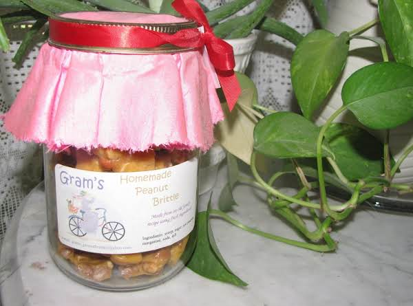 This Is An Origional Jar, Label, And Cloth, Left Over From Years Ago. I Filled It With Fresh Brittle For The Photo.