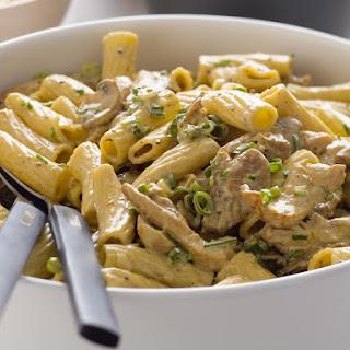 Creamy Chicken and Mushroom Rigatoni