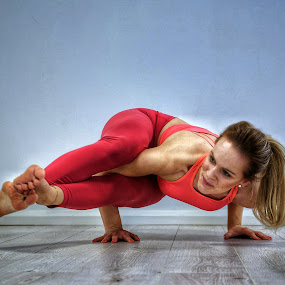 The Lowdown by Ben Rohleder - Sports & Fitness Fitness ( blonde, girl, strong, flexible, yoga )