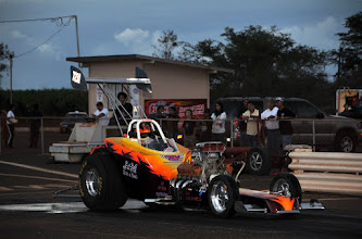 Photo: Jamie Texeira's hot roadster, this time without a blower....