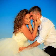 Wedding photographer Ion Neculcea (neculcea). Photo of 25.11.2016