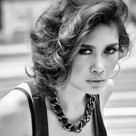 by Watercat Tukangpotret - Black & White Portraits & People