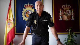 Rafael Madrona, comisario provincial de Policía, fotografiado en su despacho.