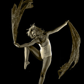 Sequence Dancer by Shaun HODGE - People Musicians & Entertainers ( balance,  dancer, sequence dance )