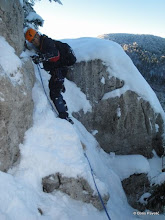 Photo: skokovi kamenja zatrpanim snijegom