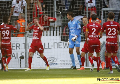 "Heylen: ""Derijck dirige plus sa défense que Deschacht"""