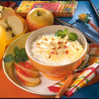 Rice Pudding with Yogurt and Apple