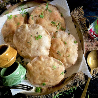 Amaranth and Buckwheat flour Poori – Navratri Vrat / Fasting Recipes.