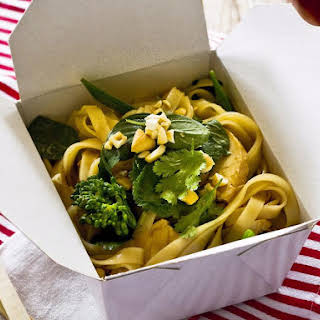Chicken, Cashew and Broccoli Noodles.