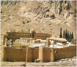 Photo: Peninsula del Sinaí. Egipto Monasterio de Santa Catherina http://www.viajesenfamilia.it/index.htm