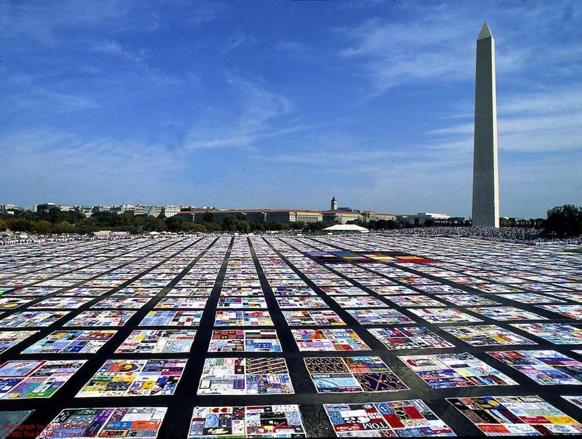 ile:Aids Quilt.jpg - Wikimedia Commons